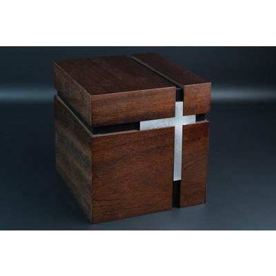 """Урна куб """"Крест"""" темный"""